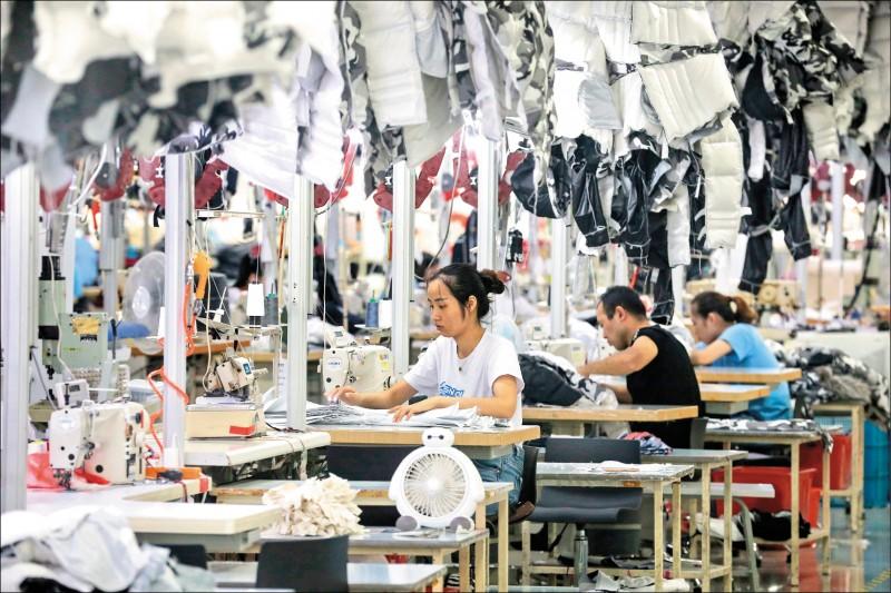 中國9月外貿續崩 對美出口年減22%