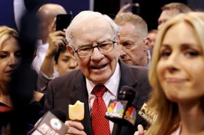波克夏老股東脫手3億股票 嗆巴菲特「還在吃奶嘴」