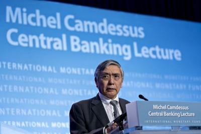 日央行總裁:全球經濟增長反彈恐推遲 暗示最快本月放寬貨幣