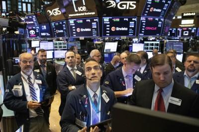 貿易協議有進展、美企Q3財報優  美股週1開盤小幅上漲