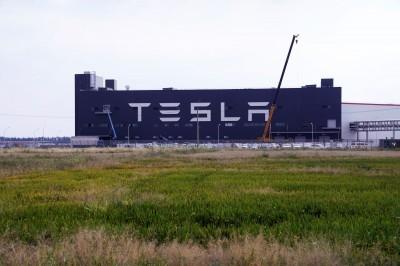 特斯拉上海廠168天神速通電 馬斯克「一路發」全因為...