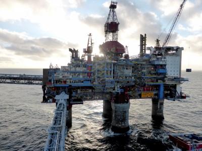 聯準會、OPEC預計經濟強勁 國際油價上漲