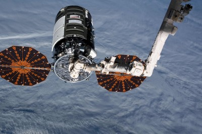 阿波羅15登月任務太空人:美反川情緒恐妨礙太空投資