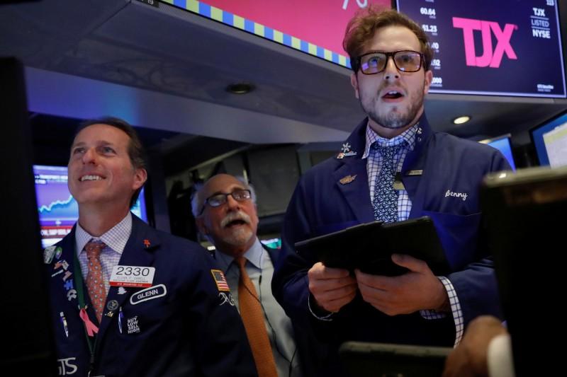 經濟數據激勵美股 3大指數感恩節前夕再創歷史新高