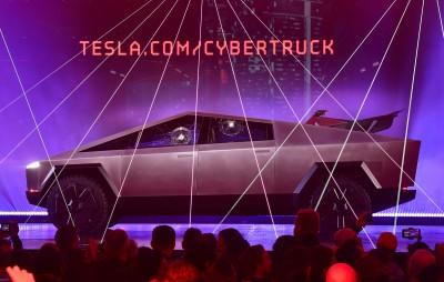 特斯拉防彈新車出糗 眾家品牌發文取笑
