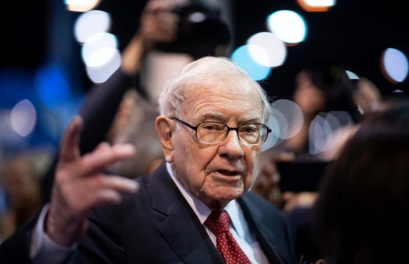 股神巴菲特坐擁近4兆現金  美股估值過高疑慮浮現