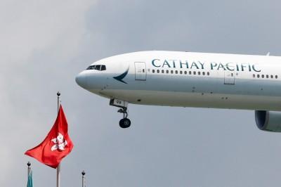 香港國泰航空11月載客、貨量齊跌!明年減運力1.4%
