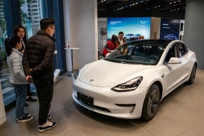 車市寒冬+同業競爭  專家:特斯拉須更努力贏得中國消費者