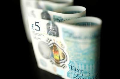 英鎊看俏 調查:英鎊今年將漲逾3%上看1.35美元