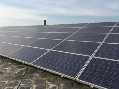 民眾屋頂自售太陽能 平均月收達8萬要繳營業稅