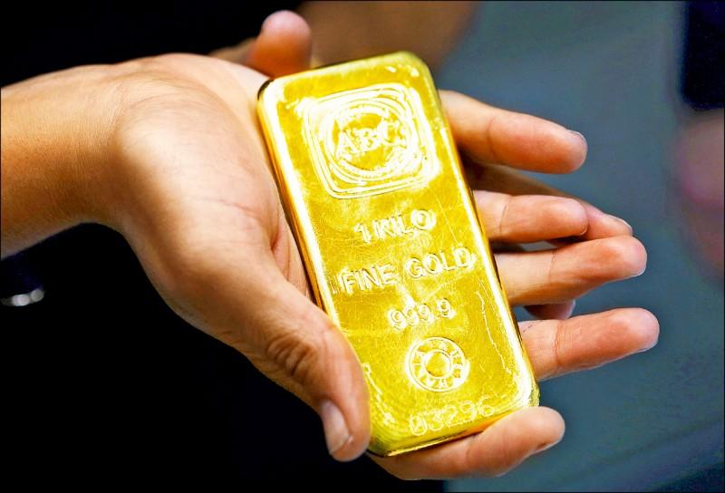 〈財經話題〉國際金價衝高 黃金撲滿適合懶人投資