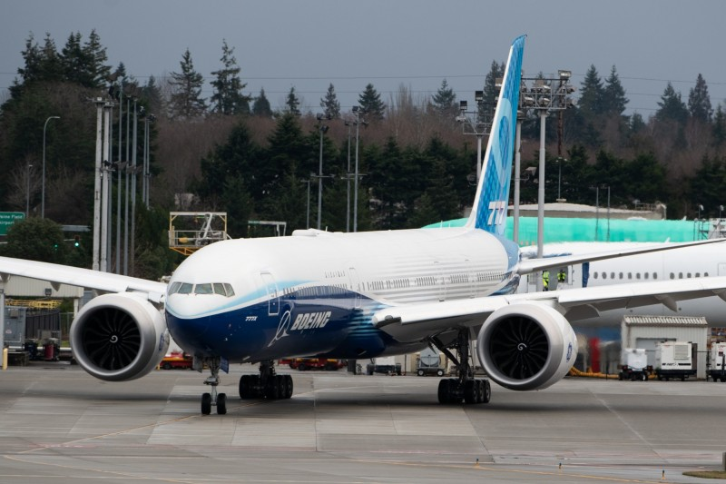 全球最大雙引擎客機!波音777X完成試飛