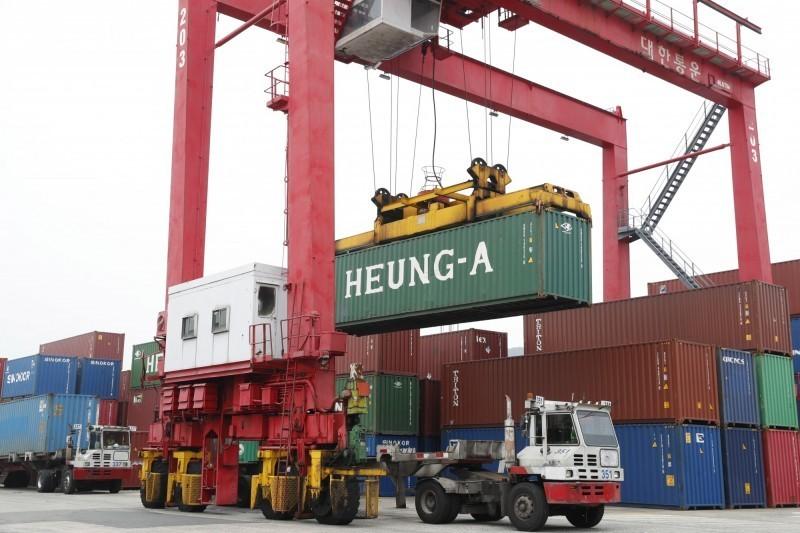 南韓1月出口額年減6.1% 連14個月負成長