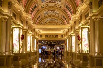 澳門賭場今起停業半個月 3小時入境人數減逾3成