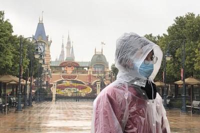 武漢肺炎》上海和香港迪士尼因疫情關閉  預估收入損失逾53億