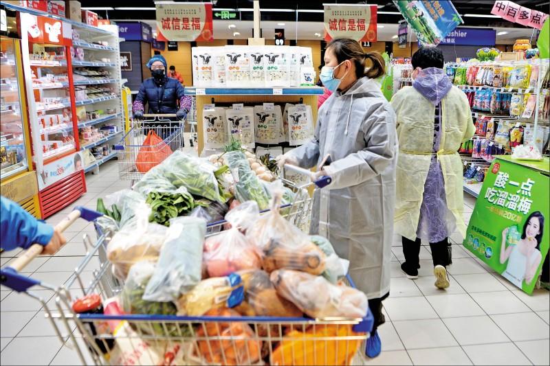 疫情推升食品價 中CPI飆8年最高