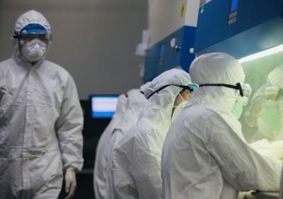 武漢肺炎》防護衣缺貨 杜邦美國廠產能拉高30倍救中國