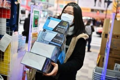 武漢肺炎》中國逾4500家企業 哄抬口罩價格遭查辦