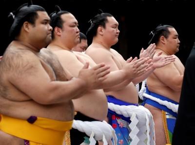 武漢肺炎》疫情延燒 日本大相撲春季賽破天荒舉行「無觀眾比賽」