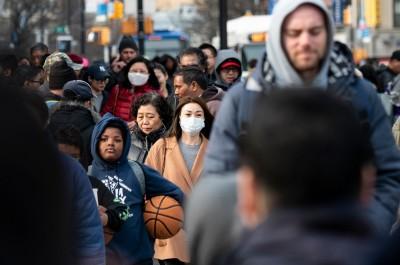 武漢肺炎》疫情在美大流行需35億片口罩!美衛生部:目前僅滿足1%