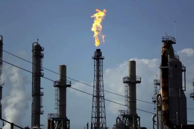 「世界石油大戰」開打!專家:沙、俄、美看誰先撐不住減產
