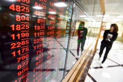 電子股勁揚 台股漲359點收復9600點