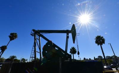 國際油價狂崩60%只是冰山一角!彭博:現實更殘酷