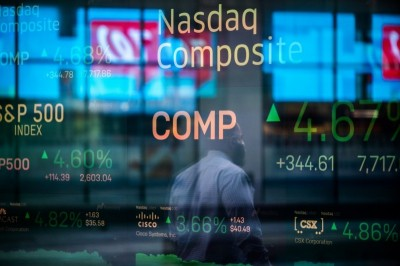 〈銀行家觀點〉疫情恐慌巨浪襲來 轉型壯大產業、經濟抵抗力