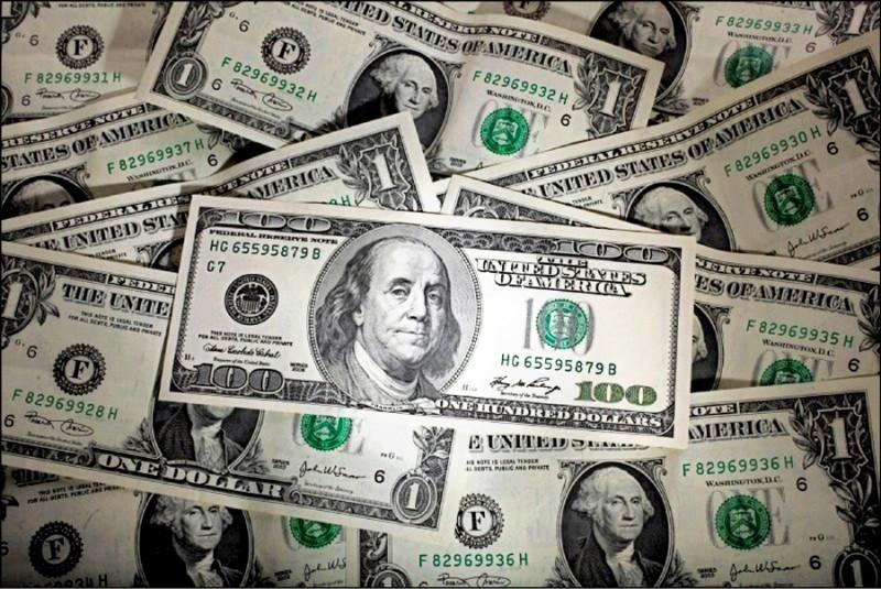 美元不再獨強 花旗:可分散配置歐元英鎊