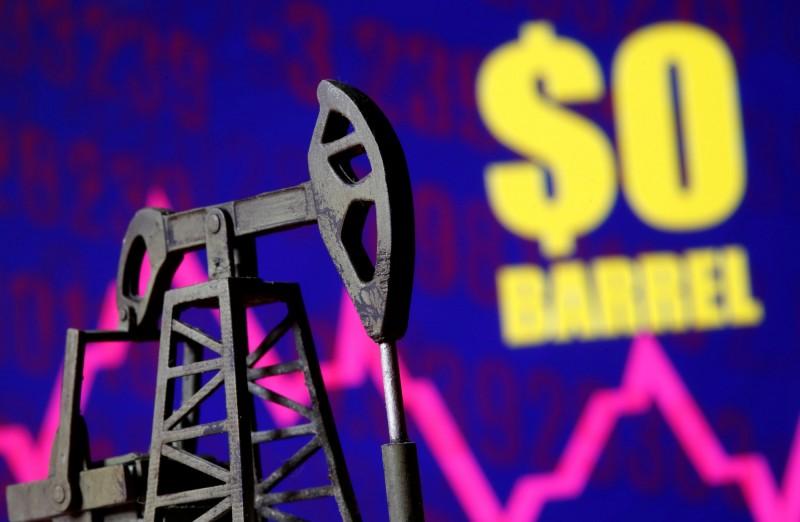 歷史首見! 美國原油期貨跌至負數 每桶-37.63美元