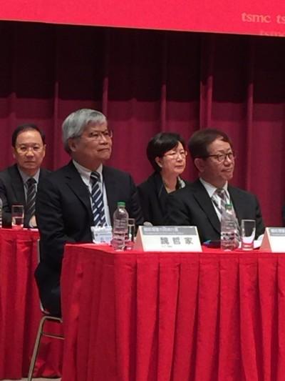 台積電劉德音去年董事酬勞達2.79億元 魏哲家薪酬加獎金則與劉旗鼓相當