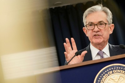 Fed救市決策獲好評!鮑爾滿意度飆至15年高點直逼葛林斯潘