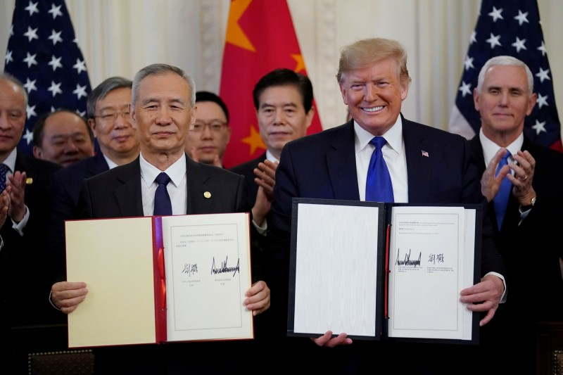 「關稅人」川普歸位!CNN警告:勿在瘋狂時刻再挑貿易戰