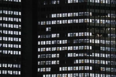 武漢肺炎》巴克萊CEO:擠辦公室可能成為「過去式」