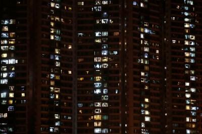 香港Q1零售銷售年減37% 創史上最大單季衰退