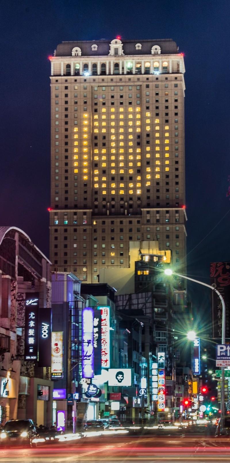 今晚7點!高雄30家觀光旅宿飯店齊點燈…拚觀光