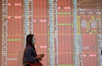 電金權值股走弱 台股跌逾90點回測10700點