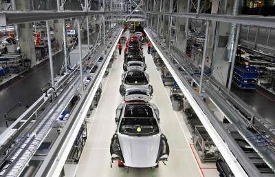 全球逾8成汽車工廠已復工!產能全開還需一段時間