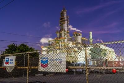 應對低迷油價 美石油巨頭雪佛龍擬裁減10%-15%人力