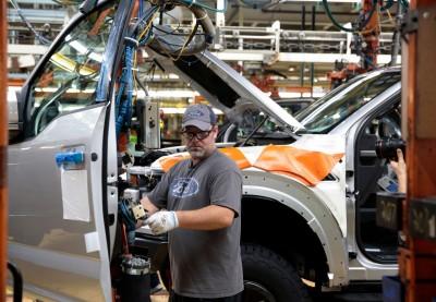 疫情爆發以來最低  美上週初領失業金人數降至210萬人