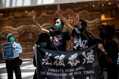 香港青年未來在哪裡?分析師:將為教育、就業大規模移民