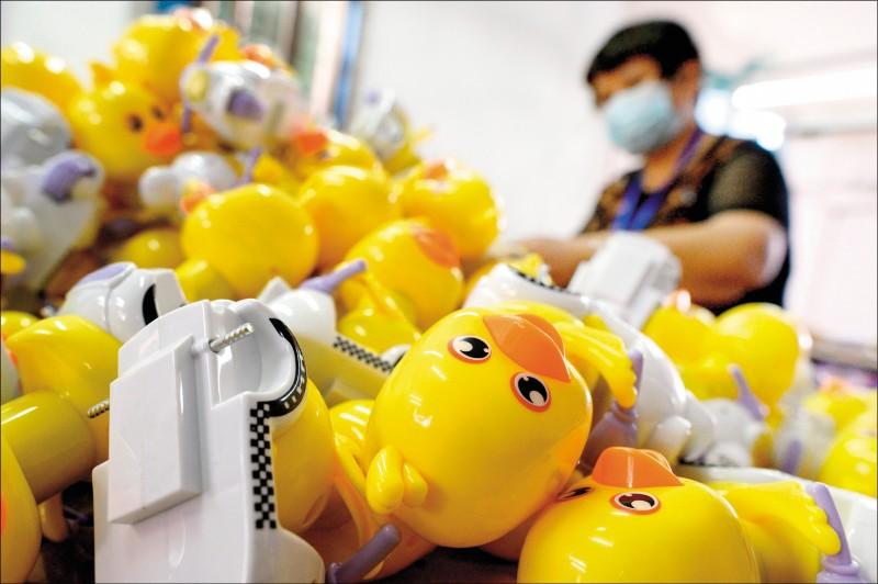 中國經濟「疫」蹶不振 1億人丟頭路