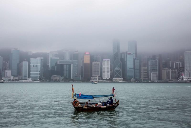 中國硬推港版國安法 香港美商約6成怕經營受損、3成想撤走