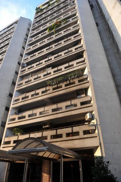 連戰居住社區「國泰一品大廈」竟出現法拍屋
