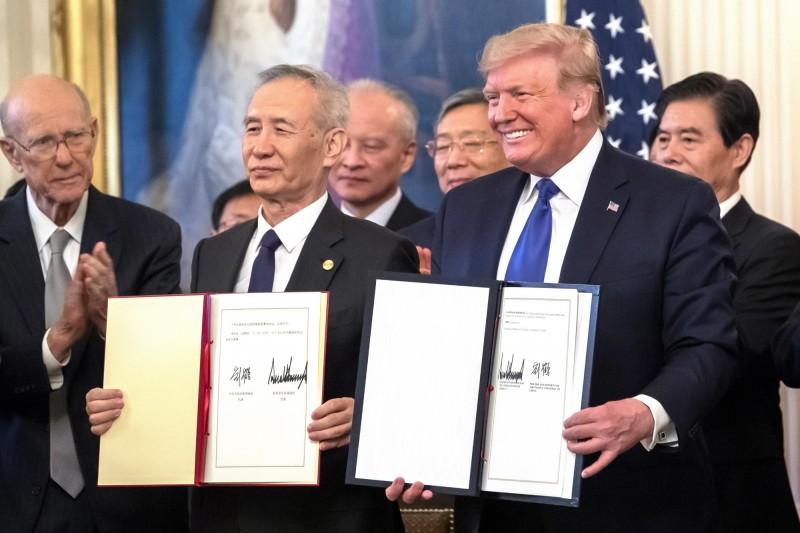 川普簽備忘錄保護龍蝦產業 威脅再對中國課關稅