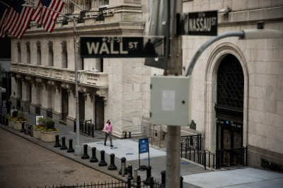 好景不再?專家:3大風險恐導致美股修正10%