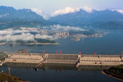 LTN經濟通》可抗千年洪水?三峽大壩現出原形
