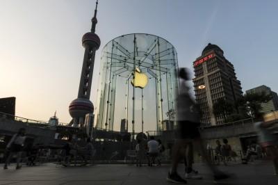 iPhone關鍵供應商遭列黑名單  日經:恐加劇美中脫鉤