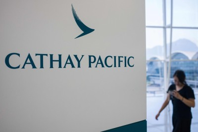 國泰航空急止血! 資深機師自願退休 「肥雞餐」最高領1年本薪