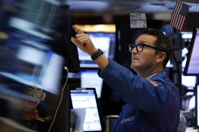美中衝突再升溫、紓困仍卡關  美股今開盤小幅下跌